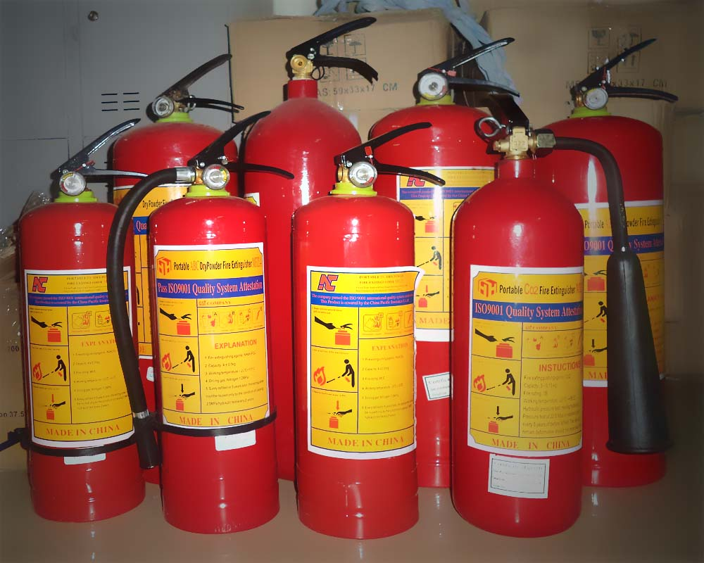 tại sao bình chữa cháy thường có màu đỏ
