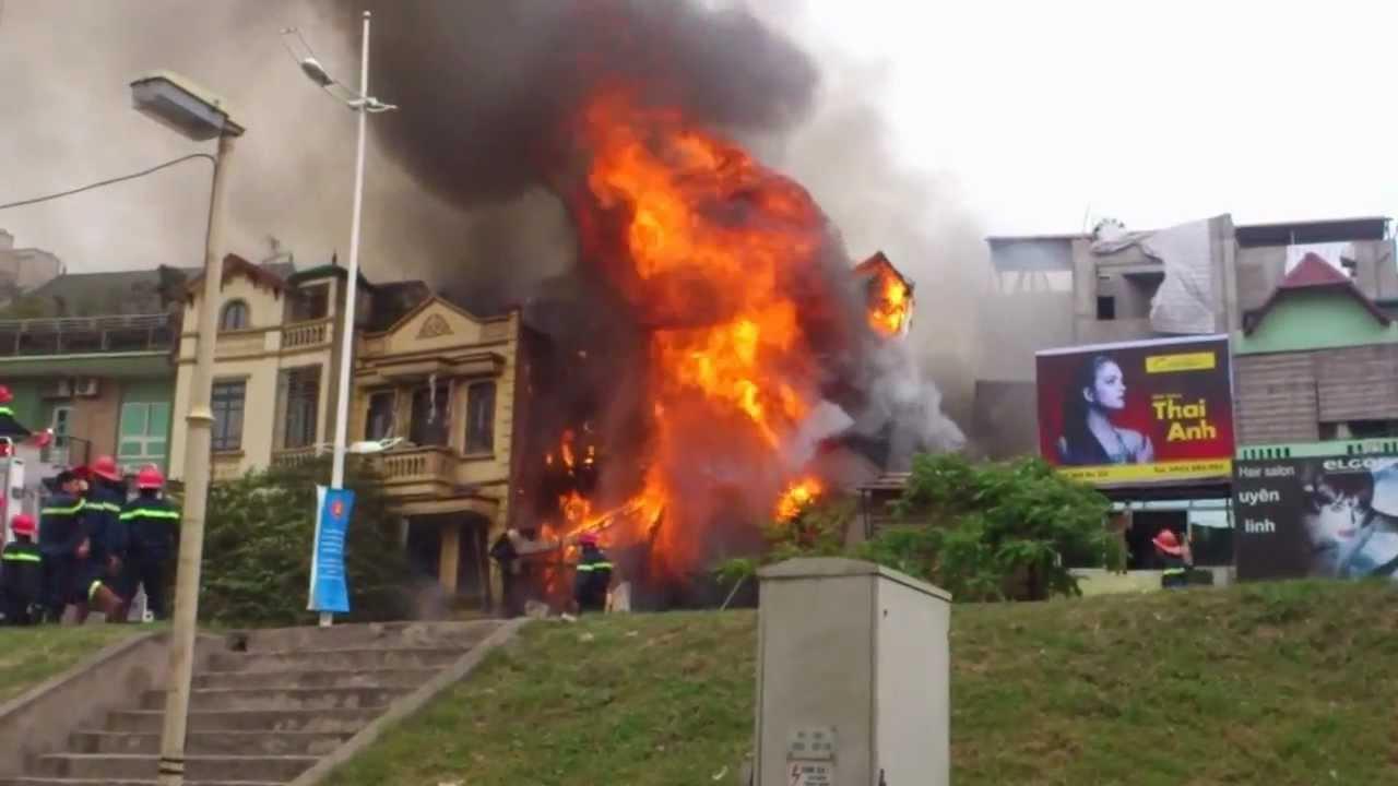 cháy nhà rất nguy hiểm nếu không ngăn chặn kịp thời
