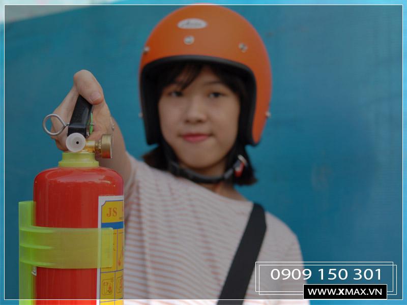 TẶNG NGAY một bình chữa cháy mini cho xe ô tô khi mua hàng từ 2 triệu tại Sơn Băng