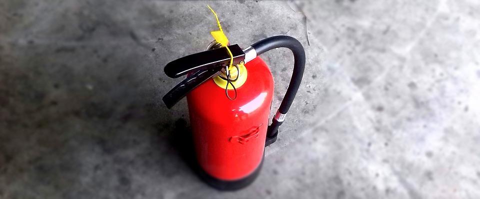 Bình chữa cháy giá rẻ có dùng được không?