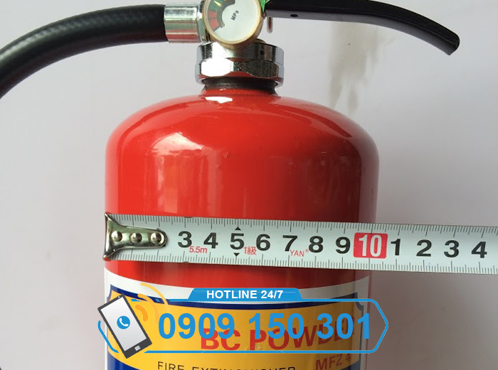 Đường kính bình chữa cháy bột BC 4kg bao nhiêu?